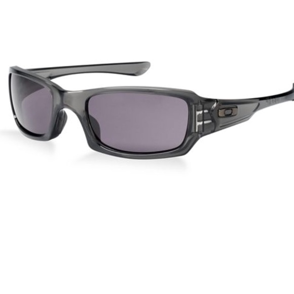 770341989a Oakley s Fives Squared